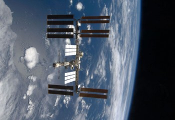 ISS : International Space Station